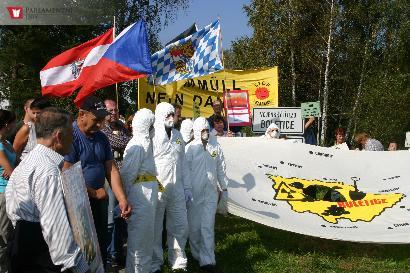 Demonstrace proti hlubinnému úložišti - Boletice