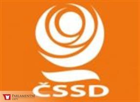 Klub ČSSD bude veřejnou omluvu T. Okamury
