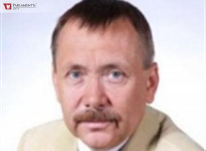MUDr. Pavel Holík