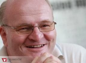 Ministr Herman uctil památku parašutistů ze skupiny Silver A