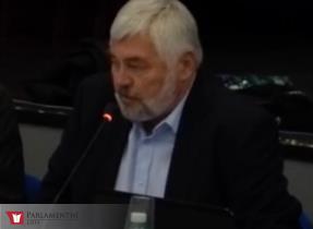 Jirava (ANO) se nechá na Praze 11 zvolit starostou-trestně stíhanými a KSČM